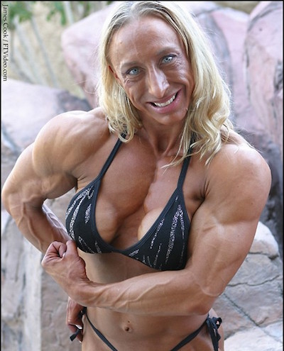 weird-female-bodybuilder11