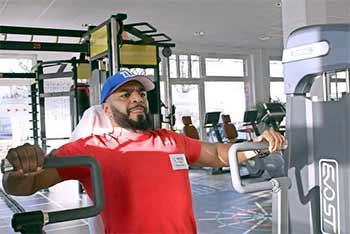 Ein Personal Trainer kann im Studio Gym4us hinzugebucht werden.