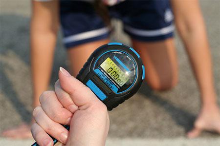 5-tipps-fuer-das-training-unterwegs-stoppuhr