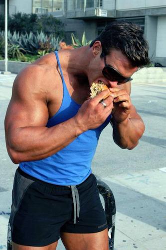 Ein Cheat Meal, kann eine Diät erträglicher gestalten.