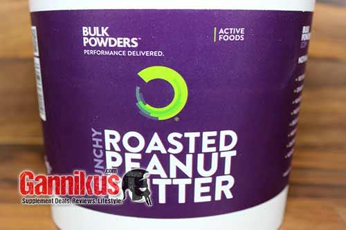 Mit der Bulk Powders Roasted Peanut Butter (crunchy) macht man definitiv nichts verkehrt.