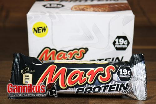 Die Protein-Variante von Mars und Snickers hat etwa 30-40 Kalorien weniger als das Original.