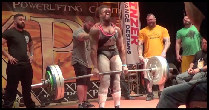 neuer-rekord-powerlifterin-hebt-272kg