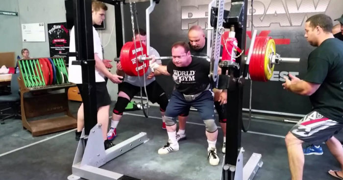 nach-2-hueft-ops-ed-coan-squattet-265-kg-auf-wiederholungen