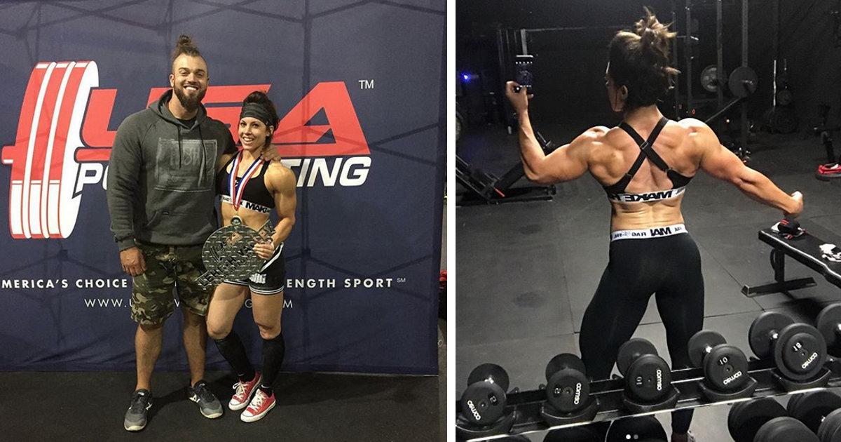Dana Linn Bailey bei ihrem ersten Powerlifting Wettkampf ...