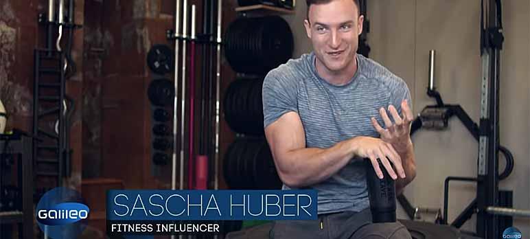 Video-Screenshot: Sascha Huber gibt unter anderem Trainingstipps und Regeln preis, die es im Fitnessstudio zu beachten gilt.