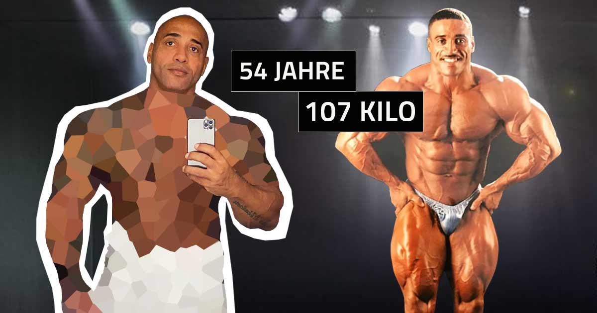 Titelbild: Dennis James zeigt seine Form mit 107 Kilo Körpergewicht!